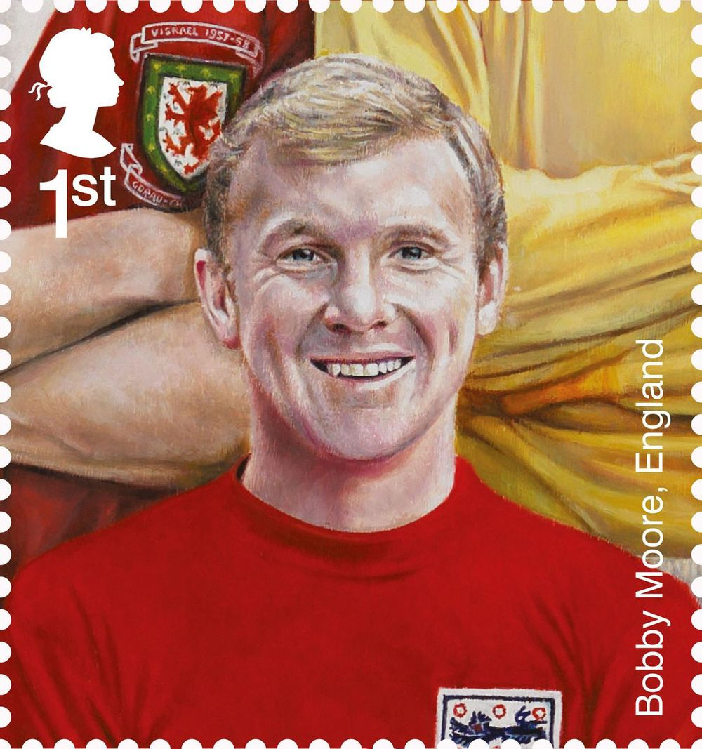 New+football+stamps+-+Bobby+Moore.jpg