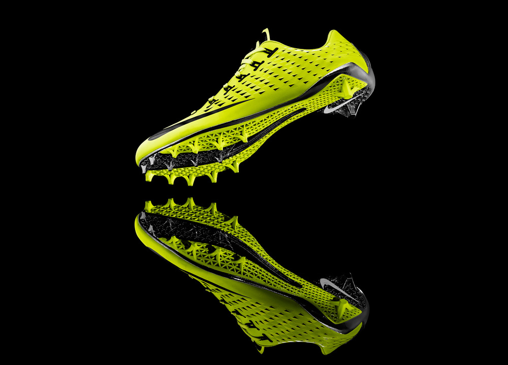 13-150_Nike_Football_3_4_Sole-05d_17740.jpg