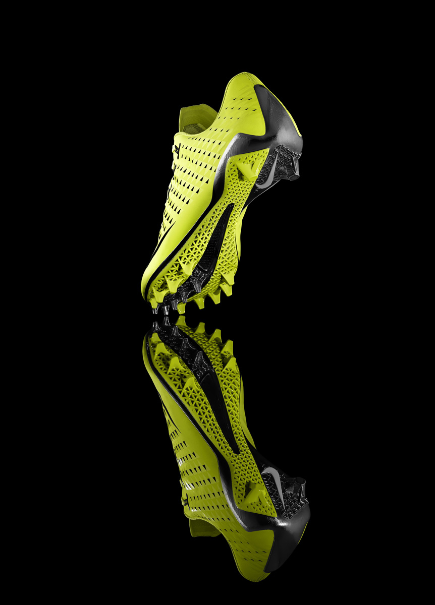 13-150_Nike_Football_Sole-04d_17744.jpg