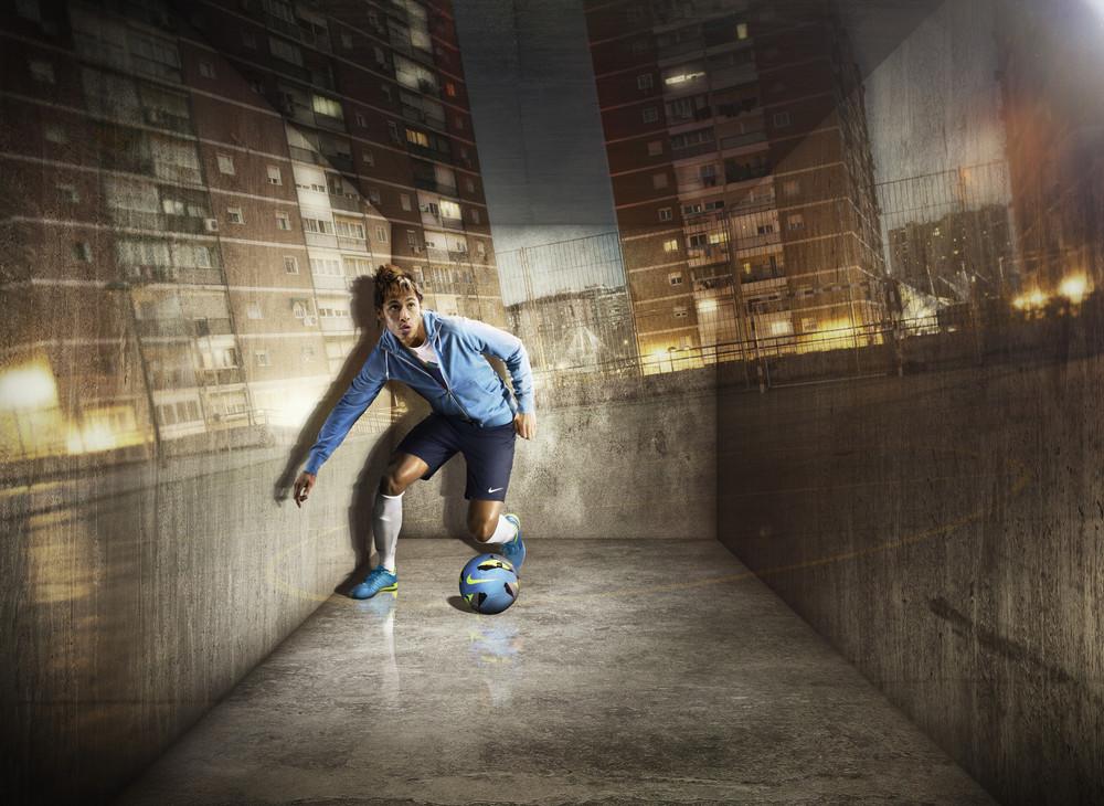 Neymar_Nike_Lunargato_II_original.jpg