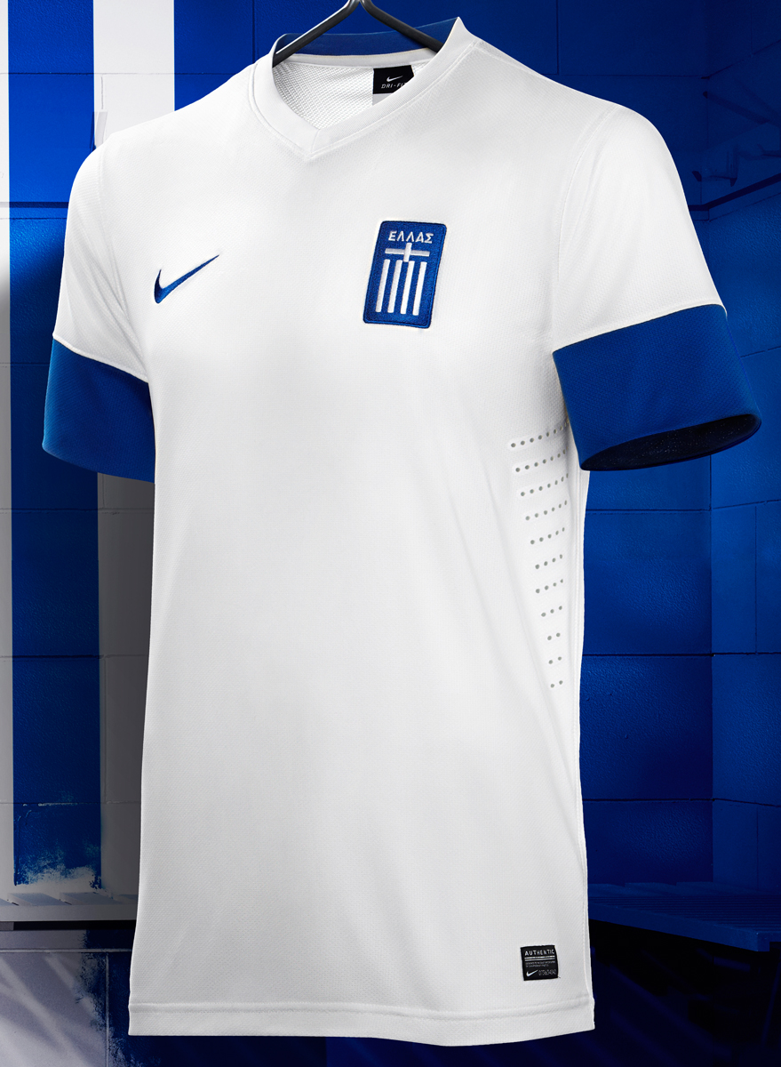 Nike_NTK_Greece_Home_20523_1.jpg