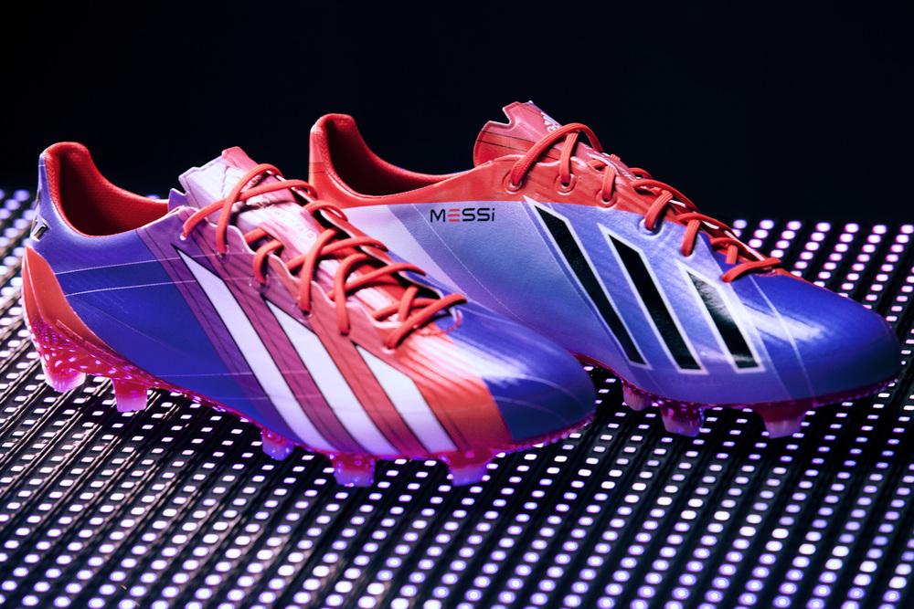 Messi Boot 1.jpg