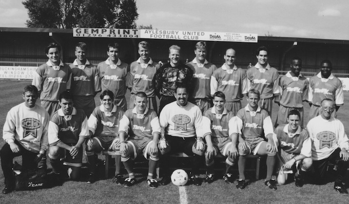Aylesbury_United_1996-1997.jpeg