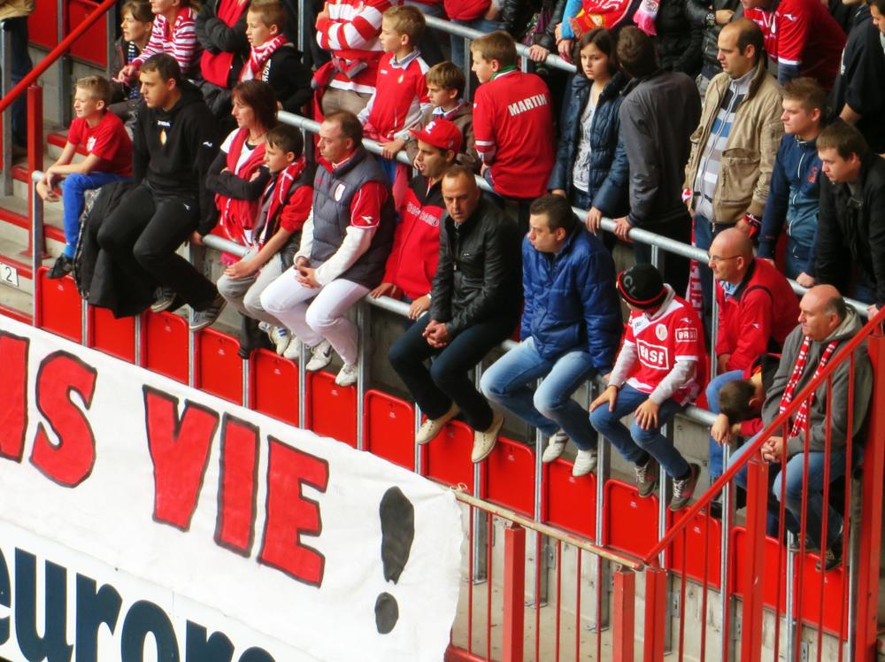 Standard Liege v Charleroi 13.PNG