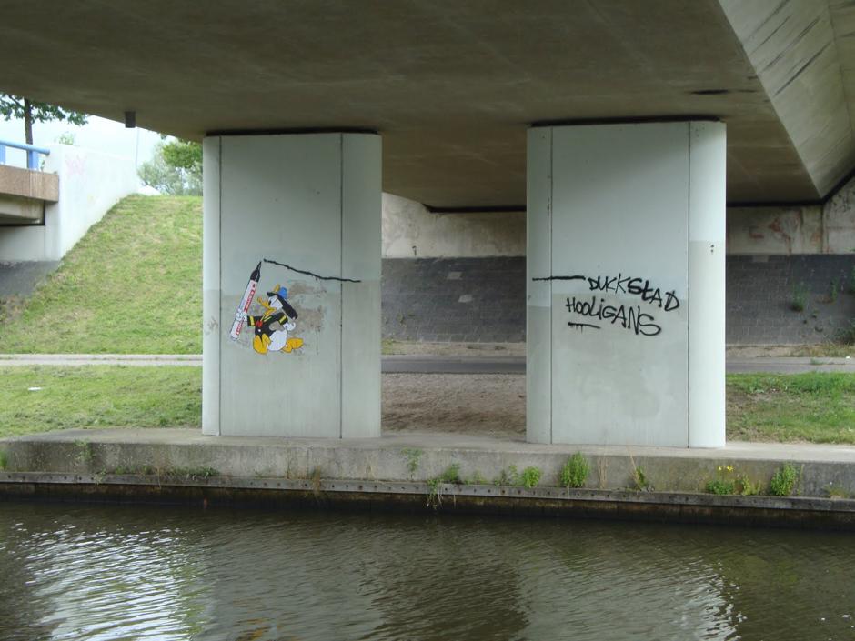24-donaldduck-duckstad-hooligans-almere-1.jpg