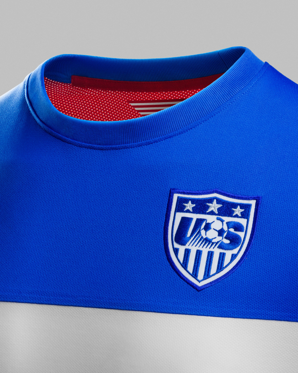 USA_AWAY_COLLAR2_PRIDE_original.jpg