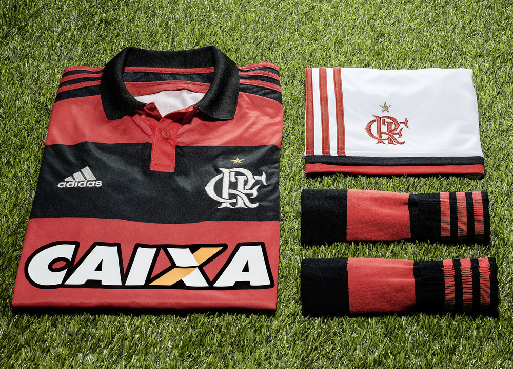 flamengo home on turf_03.jpg