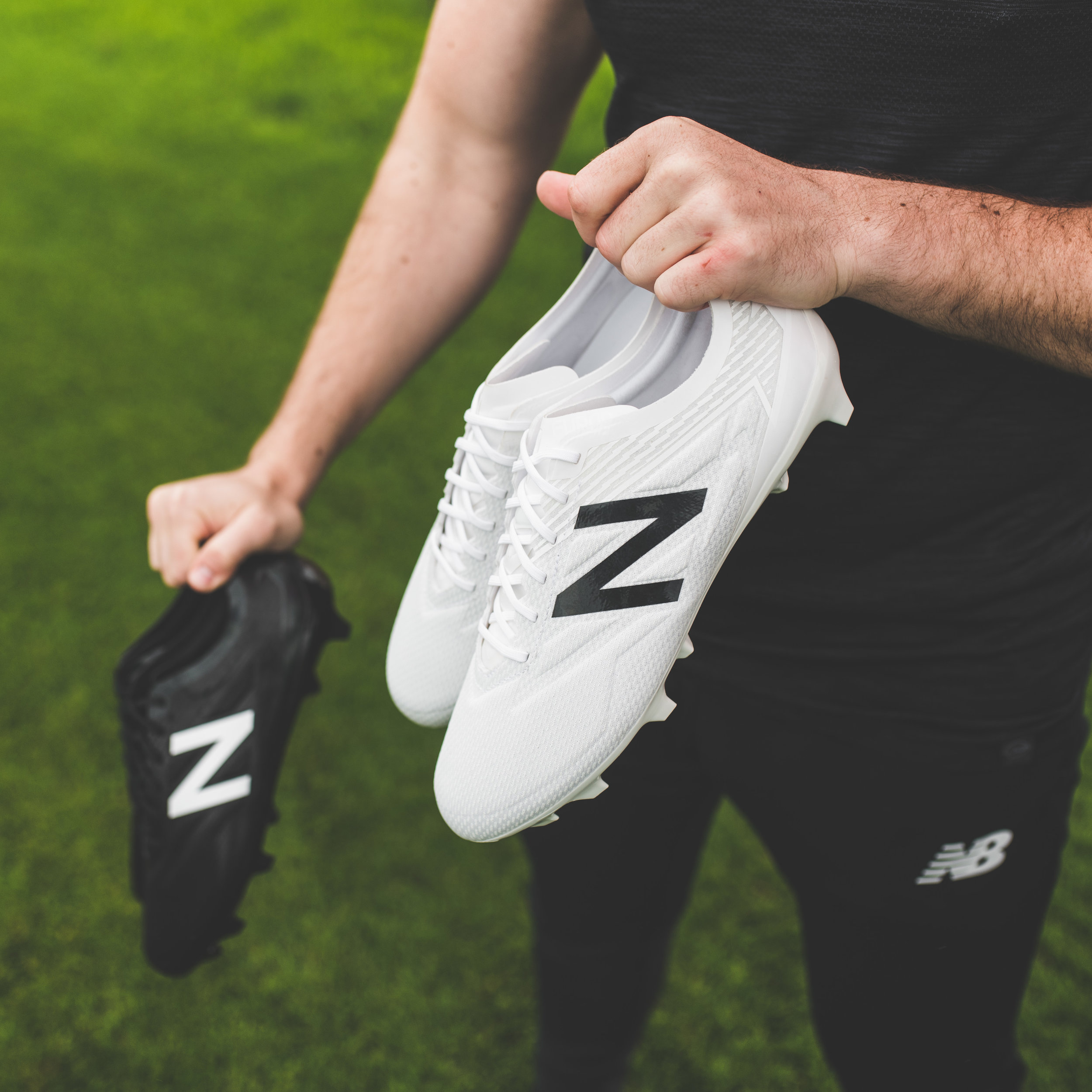 4fb836d24 BLACKOUT AND WHITEOUT BY NEW BALANCE. New Balance has released two new  colourways ...