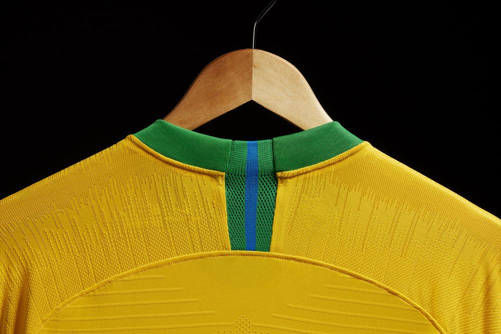 brasil-2018-home-jersey-02_78185.jpg