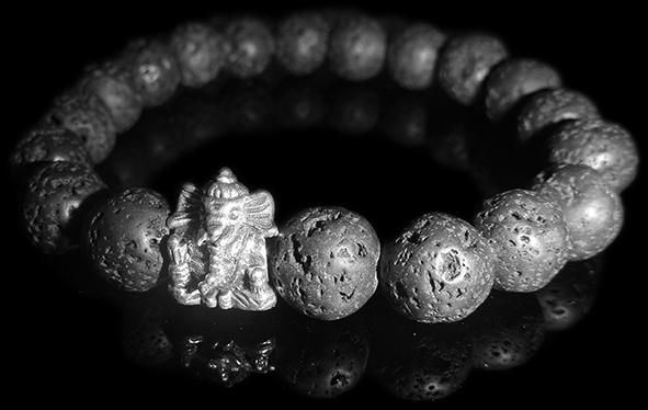Bracelet_Lava_Ganesha_front_B5.png