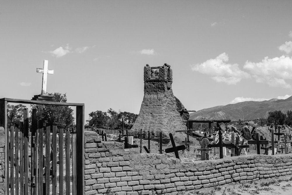 The previous San Geronimo Chapel (17th Century) was destroyed in the Mexican-American War in 1847