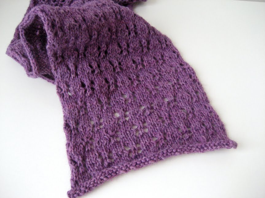 knitted-scarf-1.jpg