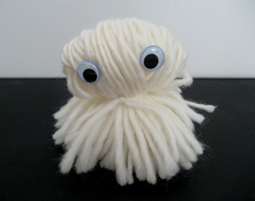 ghost-pom-pom-character.jpg
