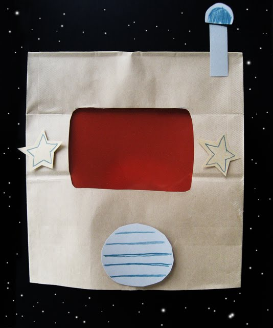 paper-bag-space-helmet-1.jpg