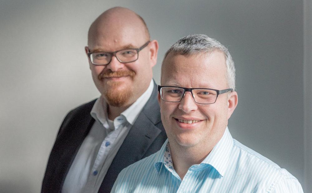 /foto av Erlend Espedal (bak) og Finn Olav Sveinall:/ Erlend Espedal (bak) og Finn Olav Sveinall.