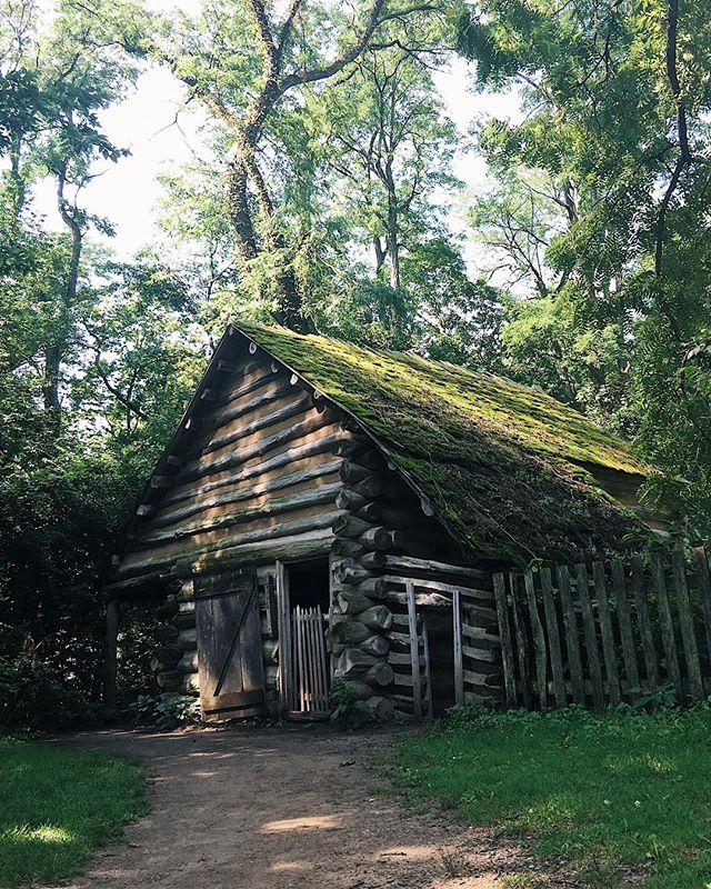 Another great cabin from New Salem. Gotta love the mossy roof. #EnjoyIllinois #igkansascity_travel