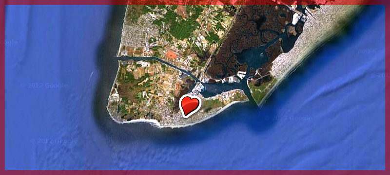 Cape May is the perfect place  to spend a getaway romantic weekend over the Valentine's Day Holiday. Notice how the heart is pointing directly to the Longfellow Guest House!