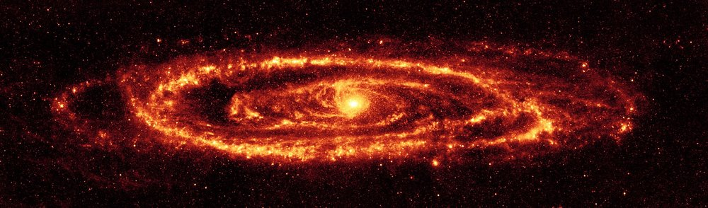 1920px-Andromeda_galaxy_Ssc2005-20a1.jpg