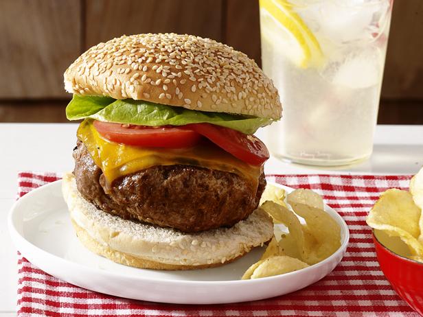 perfect beef burger.jpg