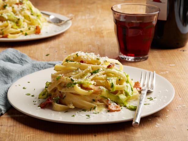 Asparagus Fettuccine Carbonara.jpeg