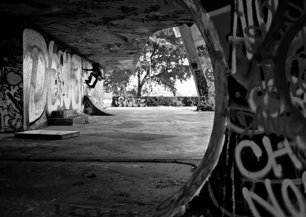 Jonathan Alvarado | Ollie to Wallride | Key Biscayne, FL
