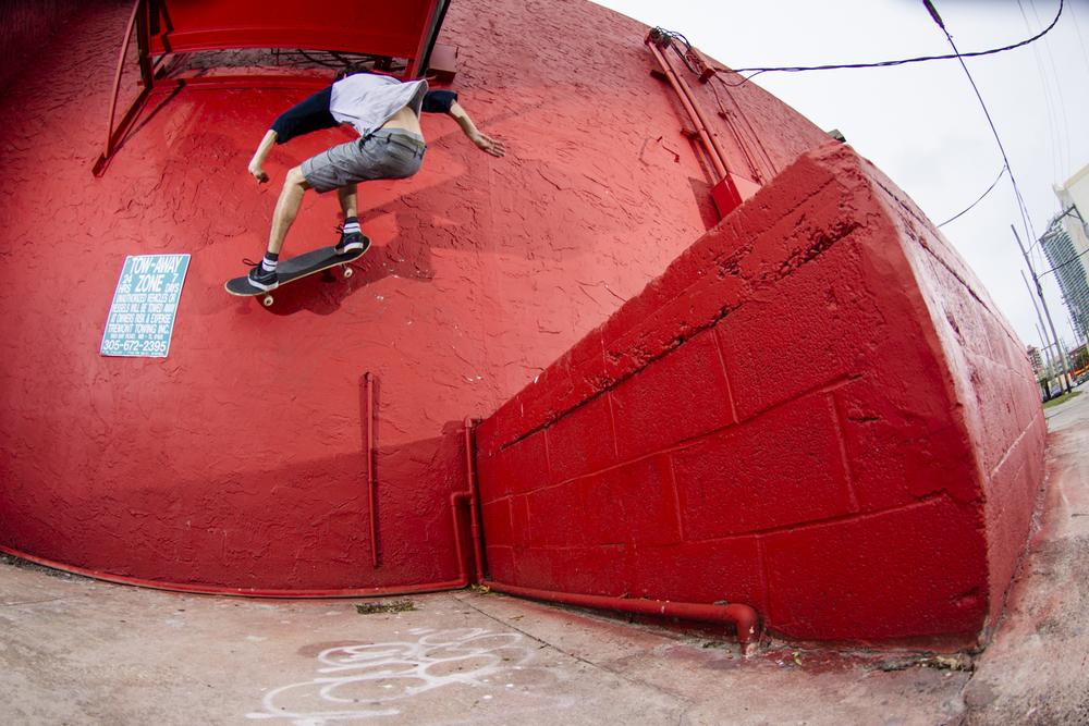Danny Fuenzalida | FS Wall Ride | Miami, FL