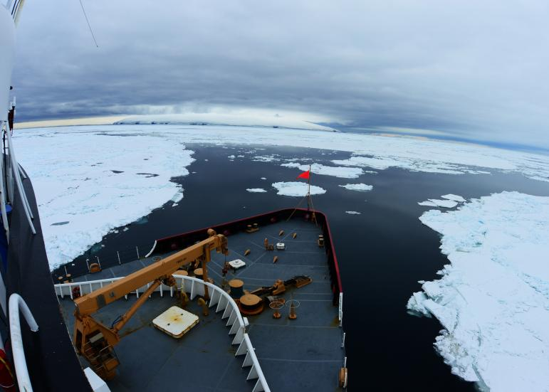 Coast Guard Icebreaker Polar Star makes its way south to Antarctica