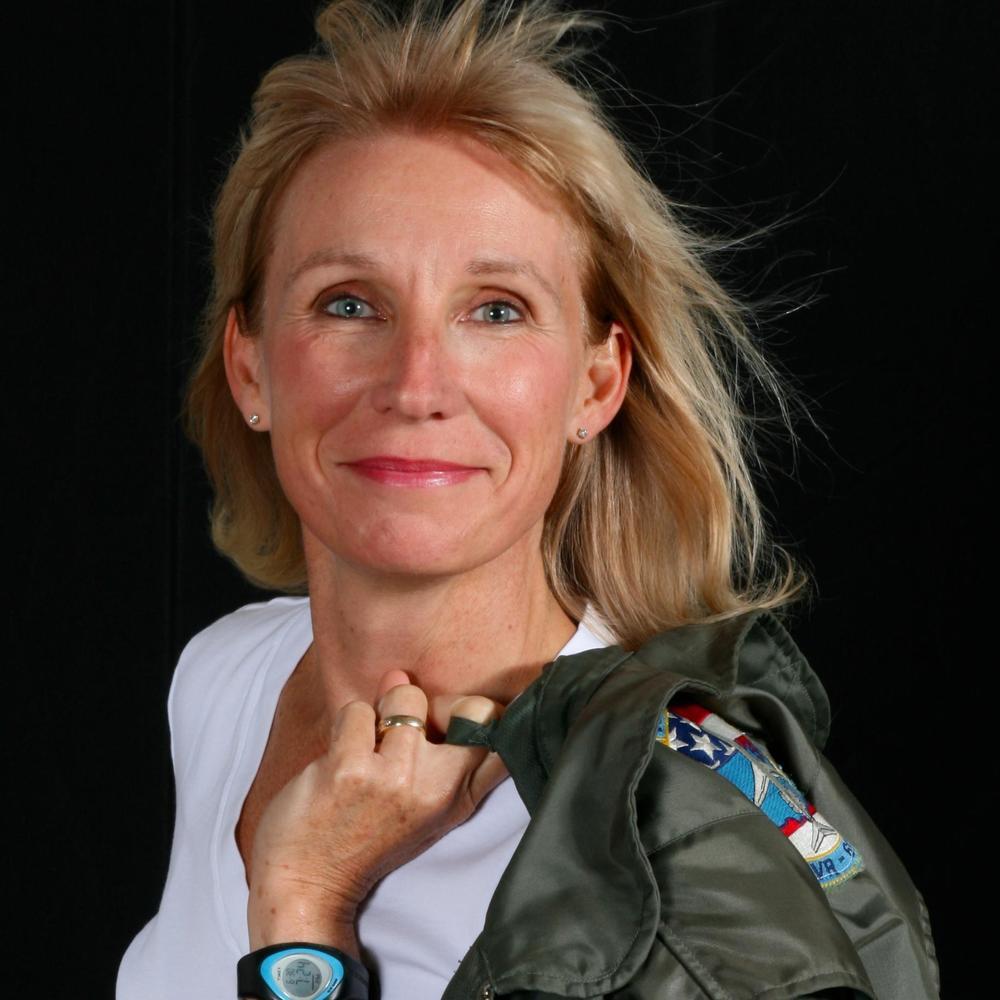 Early woman Naval aviator Karen Baetzel