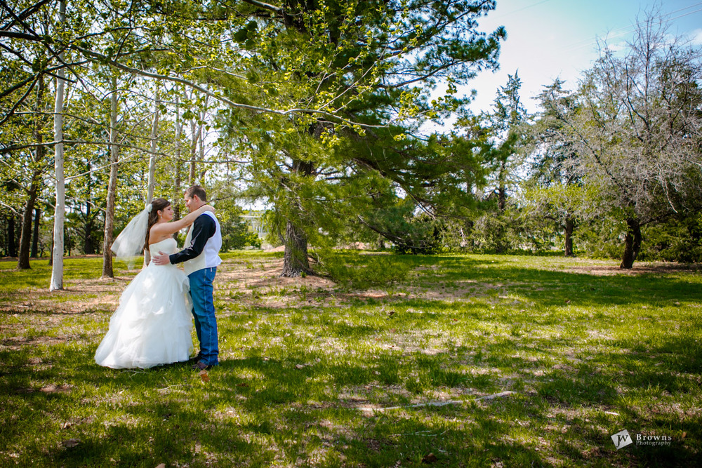 """We love Warren and Jackie!  They did such a great job capturing our special day. The pictures they took were way over our expectations. I loved how they were very organized, on time, and amazing to work with.""   Brandon and Kelsey Edmond Oklahoma wedding photography"