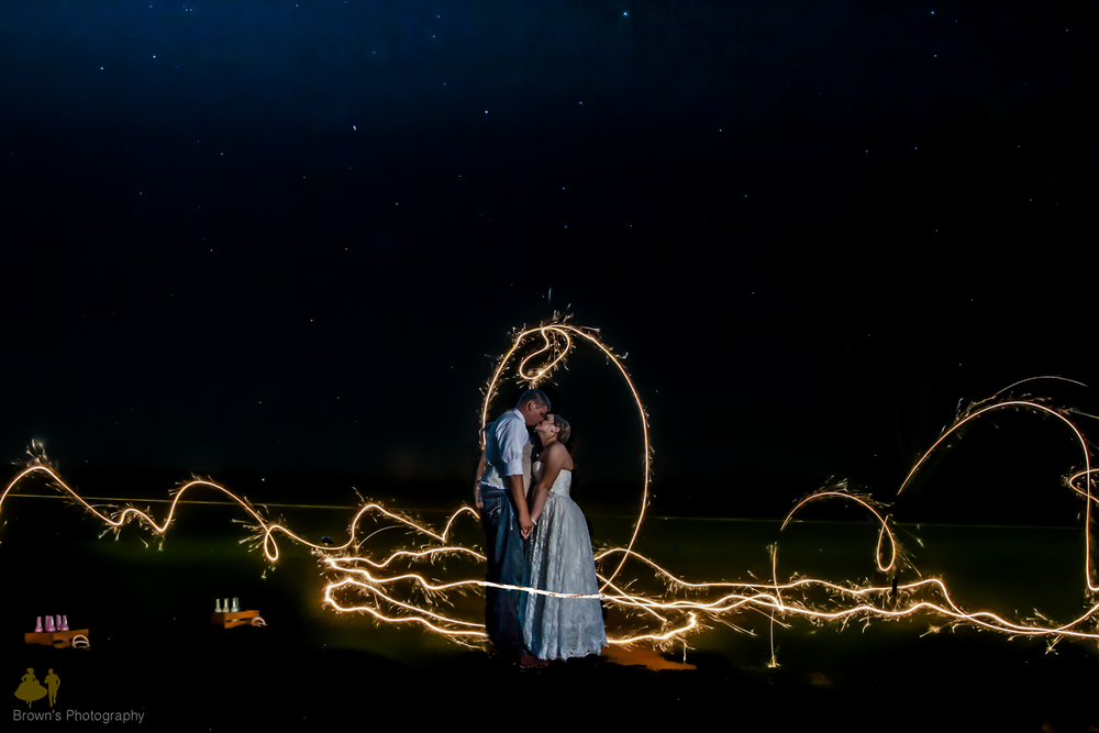 WEDDING SPARKLERBL-1.jpg