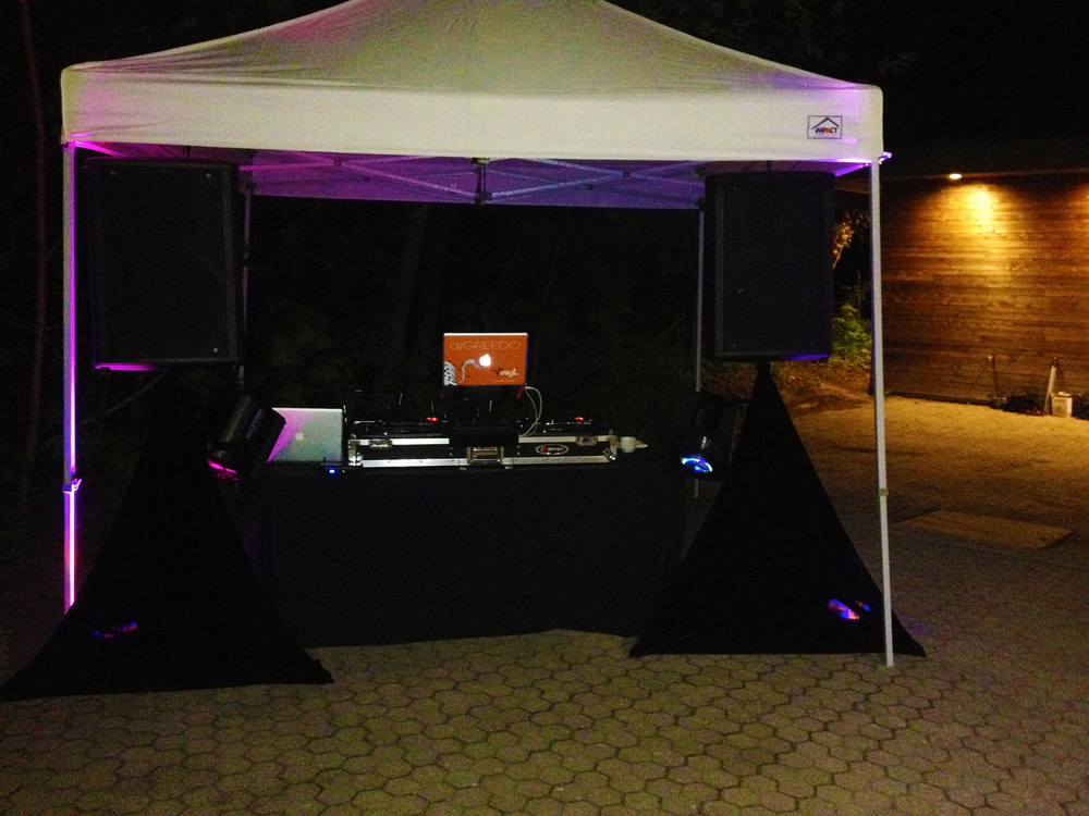Del Vinyl Tent Set up Kortright Center.JPG