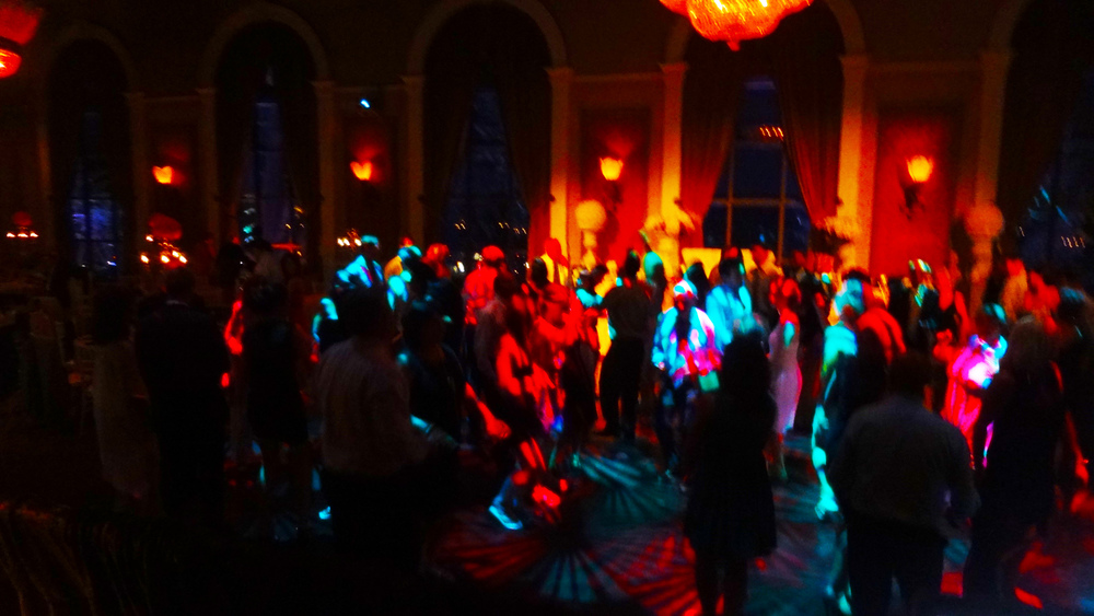 Liberty Grand Dancing Del Vinyl Toronto Wedding.jpg