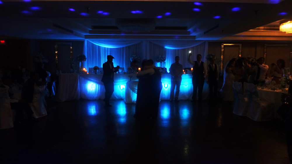 First Dance Ella's Banquet Hall Del Vinyl Entertainment.jpg