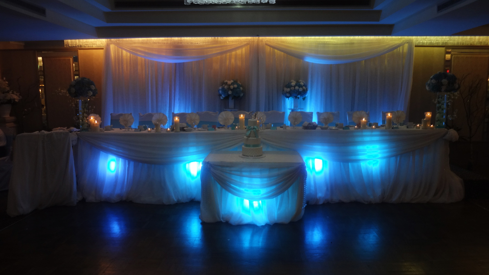 Head Table Teal Uplighting Ella's Banquet Hall Del Vinyl Entertainment.jpg