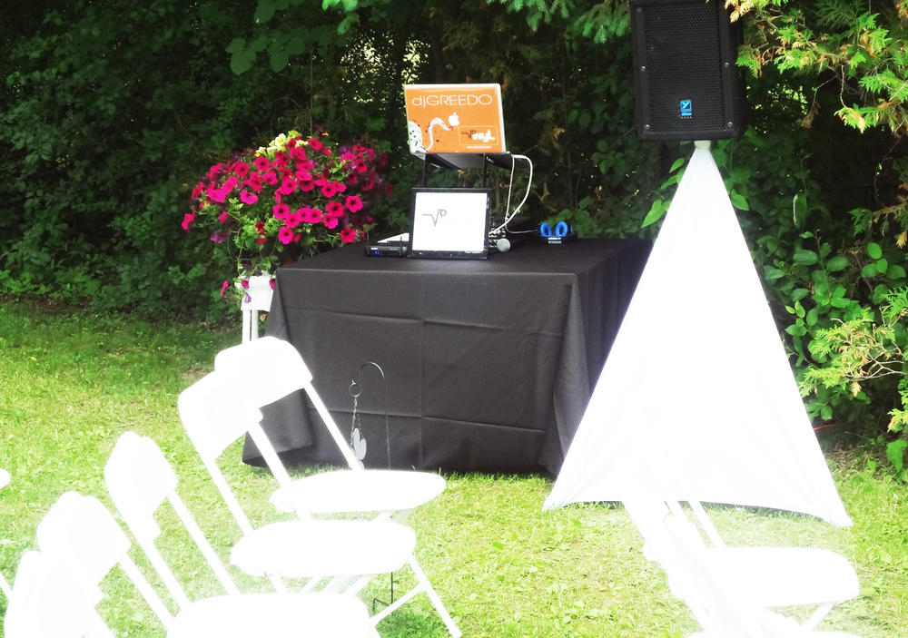 PA AV set up ceremony outdoors del vinyl toronto.jpg