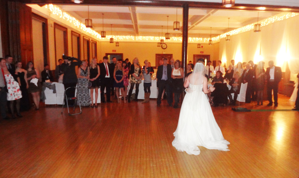First Dance Trafalgar Castle School Wedding Del Vinyl.jpg