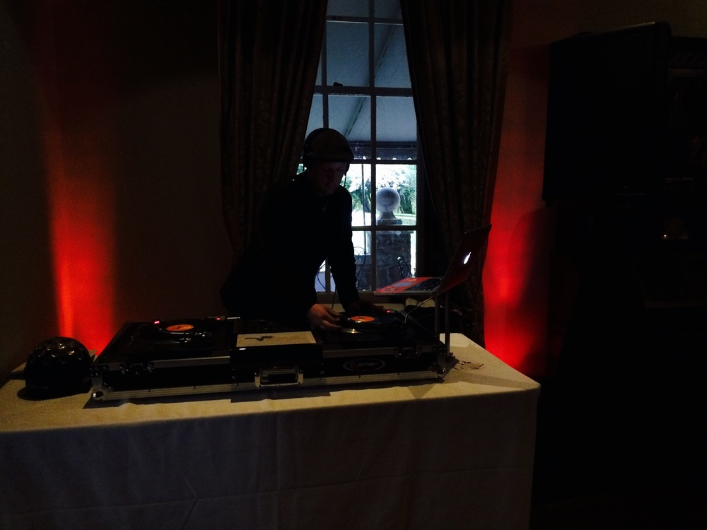Estates of Sunnybrook wedding dj uplighting fashion.jpg