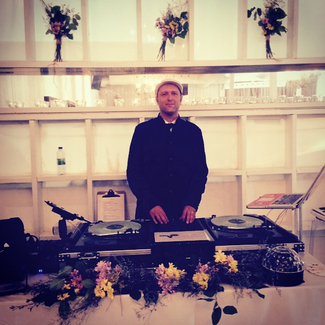 toronto wedding dj del vinyl entertainment @ berkeley field house.JPG