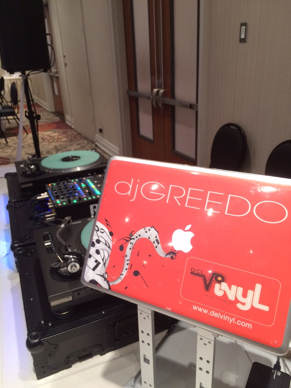 turntable dj set up non traditional wedding sheraton hotel.JPG