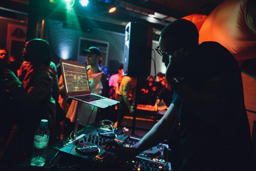 HH DJ (Reggie Yates)2.jpg