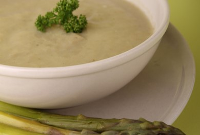 Delicious & Healthy Cream of Asparagus Soup (no cream!)