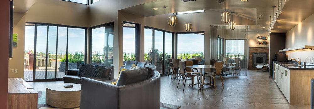 Lounge_Panorama1.jpg