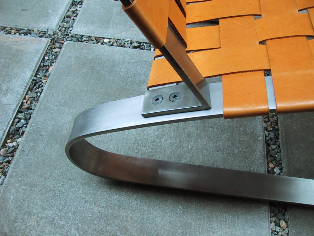 CLIP CHAIR DETAIL B.jpg