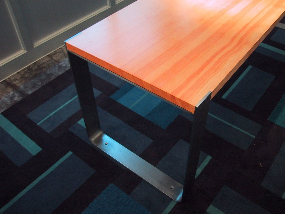 FORTE TABLE DETAIL A.jpg