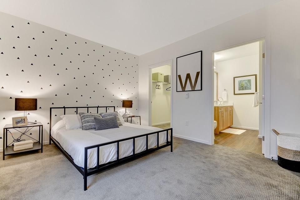 B11 Master Bedroom.jpg