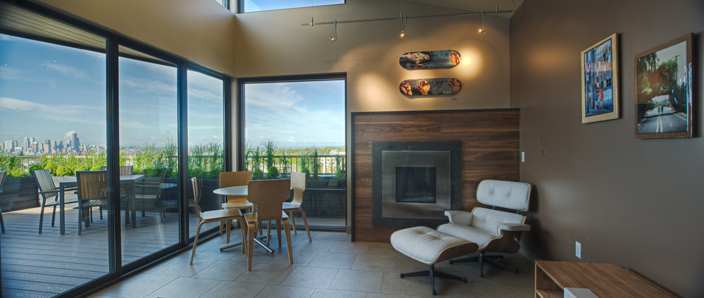 Lounge_Panorama3.jpg