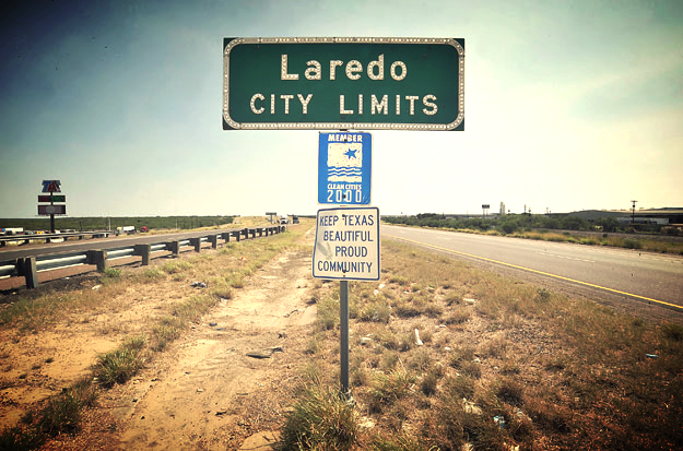 Laredo-City-Sign.jpeg