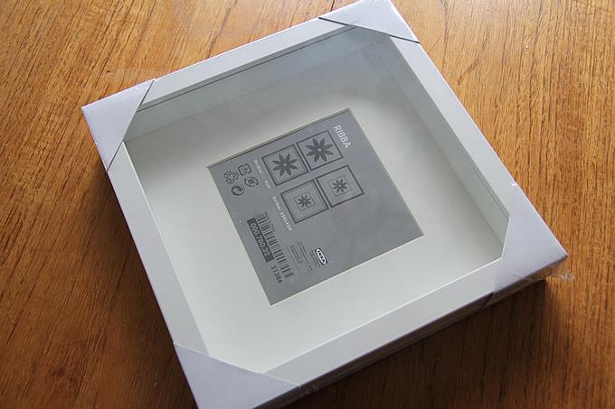 ikea hack gold frames lindsay stephenson. Black Bedroom Furniture Sets. Home Design Ideas