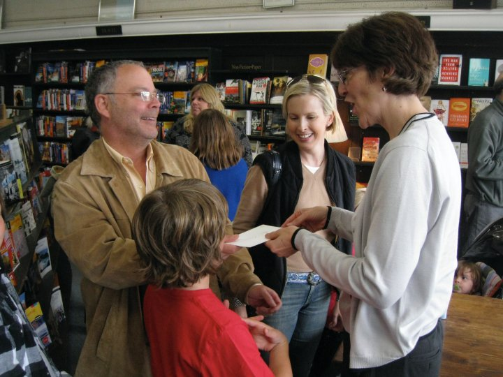 Rhonda Hayter at a book signing