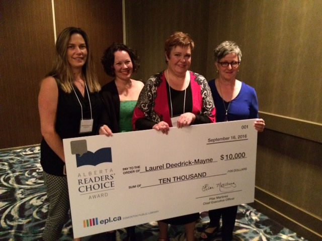 Laurel (second from right) poses with FriesenPress President Tammara Kennelly (on left) at the award gala in Calgary. (click image to enlarge)